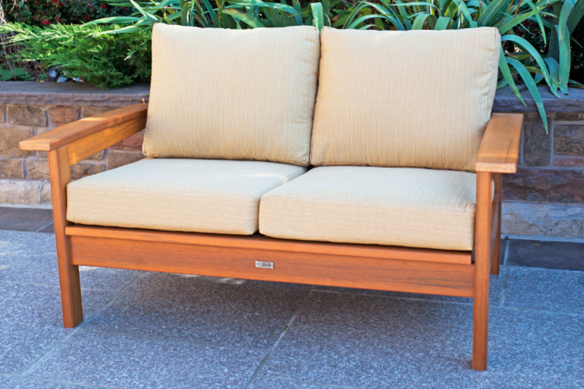 Banff Deep Seating Love Seat